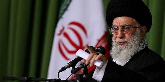 Presiden Iran Hassan Rouhani Larang Perusahaan Farmasi Asing Uji Vaksin COVID-19 ke Warganya