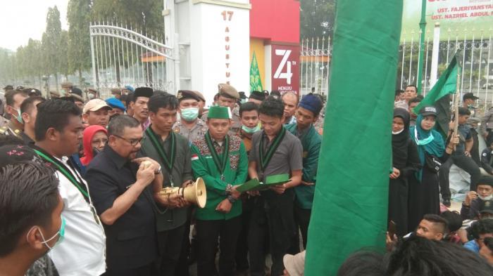 HMI Disainst UIN Riau Gelar Unjuk Rasa Terkait Masalah Asap