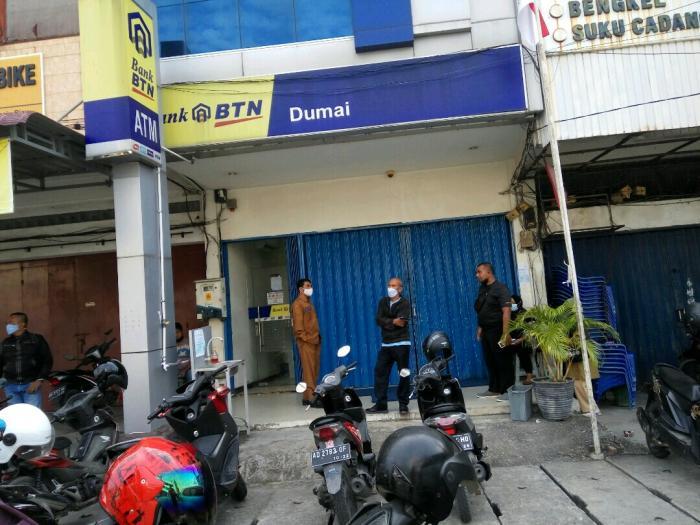 Nasabah Komplain Sudah Siang Bank Belum Buka, BTN Dumai Buka Pukul 9 Pagi